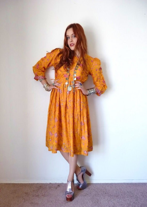 Vintage 70s Marigold PUFF SLEEVE Indian Party Dress M L