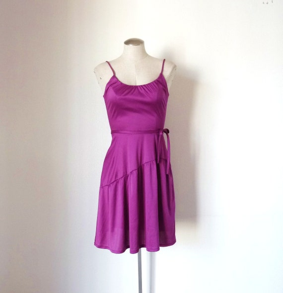 Vintage 70s Purple SLINKY TIERED Party Dress S