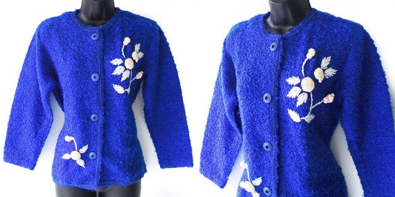 60s 70s Blue with Floral Accents Cardigan Sweater M