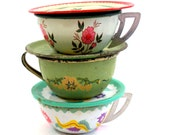 Fairy & Flowers Toy Tea Cups, Saucers, Set of 6 vintage tin in green, white and pink. Instant Collection.