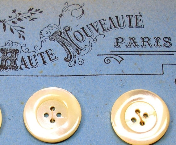 Depose Paris Antique buttons, French mother of pearl on original card, Set of 12 large.