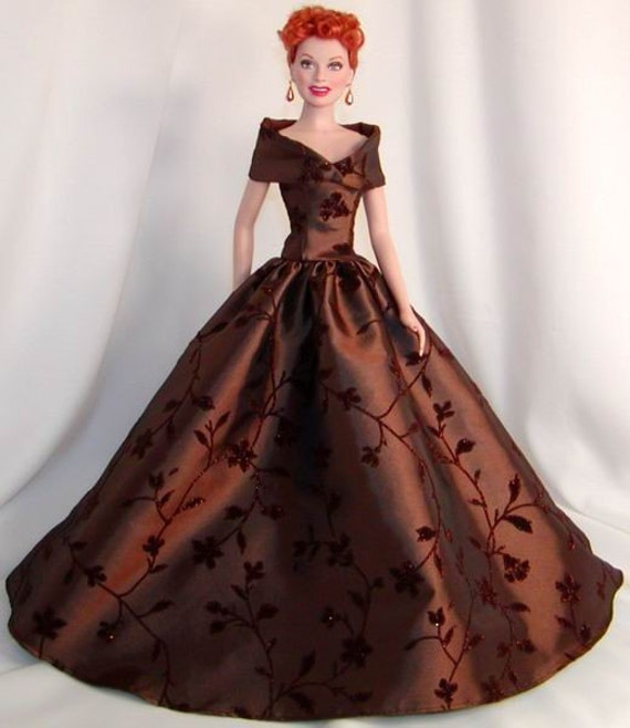 Taffeta evening gown stole for lucy i love lucy lucille for Lucille ball wedding dress