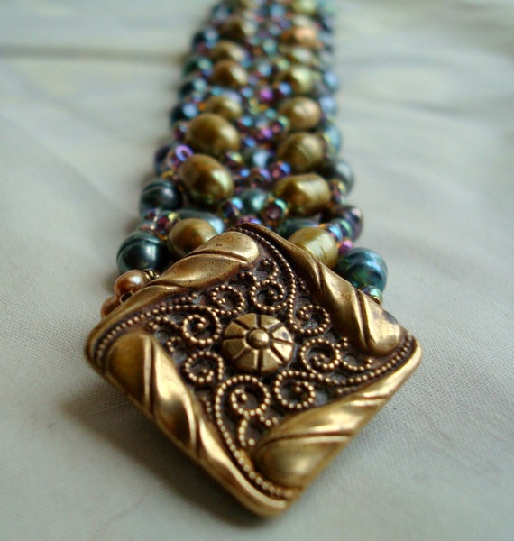 Hand Beaded Jewel Tone Freshwater pearl bracelet