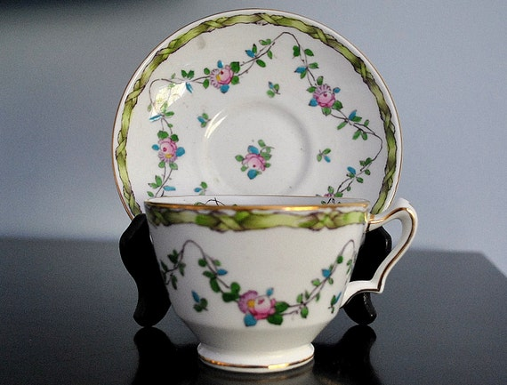 VINTAGE CROWN STAFFORDSHIRE CUP AND SAUCER