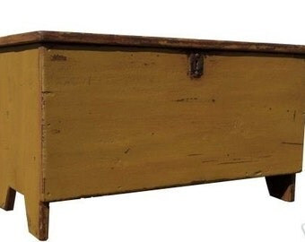 Farmhouse country blanket chest box primitive trunk coffee table farm style painted rustic furniture