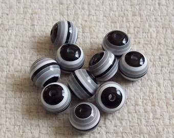 12 mm Black, White, and Grey Resin Beads - Set of 15