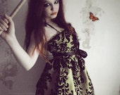Witch Hallowe'en Dress in Green and Black