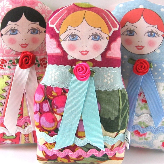 SALE - Matryoshka Russian Doll with blonde hair - Petite size
