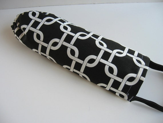 Recycling Grocery Bag Saver, Black and White, Plastic Bag Holder