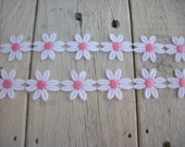 Daisy Trim  WHITE AND PINK 1 inch Daisies -2 yards