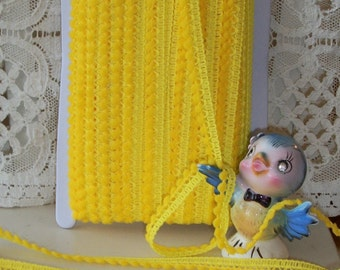 Mini Ball Trim-Lemon 2 1/4 yards {remnant} free shipping if purchased with another item