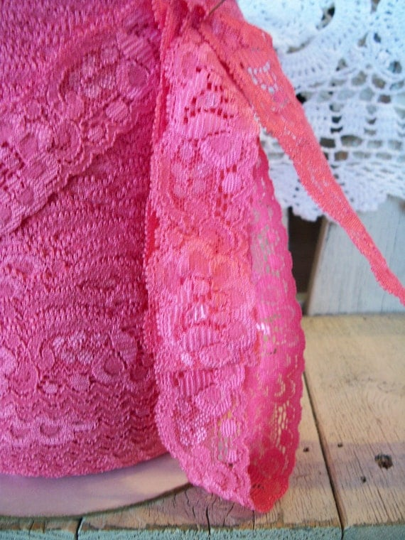 BUBBLE GUM  Pink Stretch Lace-1 1/8 inch -5 yards for 2.99
