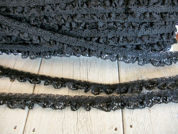 BLACK Ruffled Lace Trim 5/8 inch -6 yards for 2.99