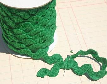 "Green Cotton Rick Rack - Sewing Ric Rac Trim - - 11/16"" Wide"