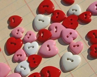"""Heart Buttons Red Pink White Assorted Sizes - Sewing Hearts Button - 3/8"""" to 1/2"""" - 30 Buttons"""