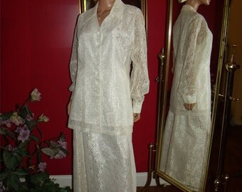 Vintage  80s 2-pc Garment   White off Lace  Evening Holiday Size Large