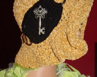 1920s Flapper Hat Cloche Hat crochet  handmade Velvet Gold High fashion