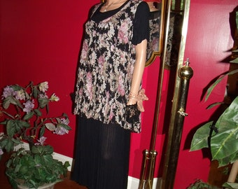 Vintage Olivia  Flapper Dress  does 2030s Gypsy  style TeaParty  Size N/A