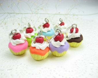 Cupcake Stitch Markers set of 7, food stitch markers, polymer clay, knitting accessories, food charm, gift for knitters her, cupcake charms
