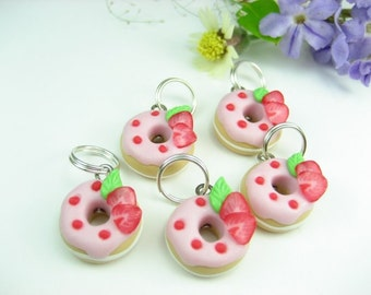 Strawberry Donut Stitch Markers (set of 5), knitting accessories knit food gift for knitters miniature food charms polymer clay pink cute