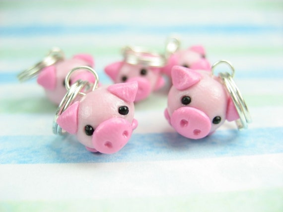 Cute Little  Pig Stitch Markers (Set of 5) knitting stitch markers polymer clay animal charms pigs