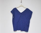 RESERVED JILL  cropped, wide navy blue shirt with white polka dots