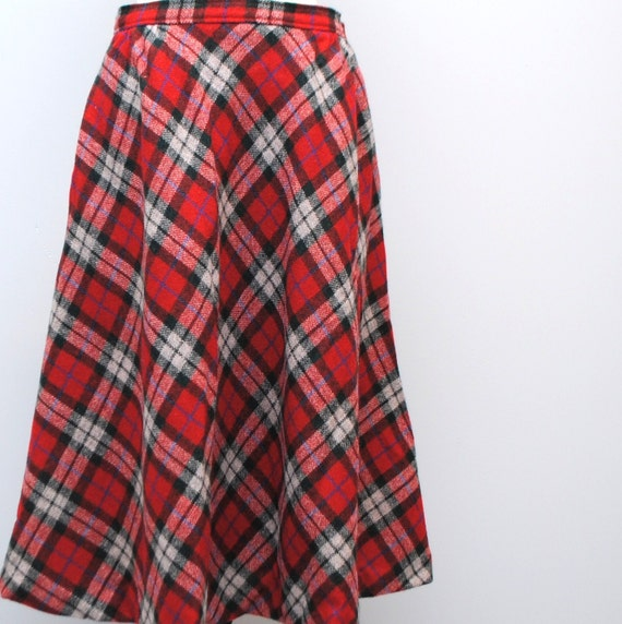 RESERVED JULIA vintage 70's red and hunter green plaid wool skirt size 8