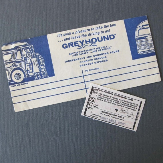 Greyhound agencies in locations without a dedicated bus station, such as bus stops operated by a local business like a hotel, sell tickets. Large bus stations have ticket agents and self-serve kiosks.
