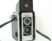 Vintage 1950s Kodak Duaflex II twin lens camera ideal for TTL photography