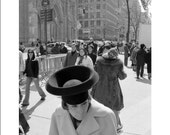 new york, 5th ave, shopping, city, hat, lady, The Hat On 5th Ave - 8x12 or 8x10 original fine art print