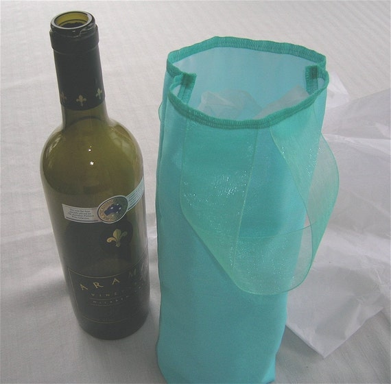 Fabric Wine Tote / Gift Bag by Sew Wrap It