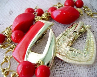 vintage 60s red beaded necklace earring clip ons gold tone enamel valentines match set gift mod madmen