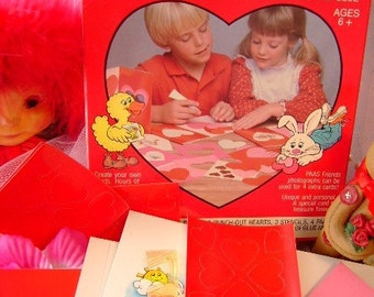 80s Vintage valentine Mobile card kit Paas children supplies project