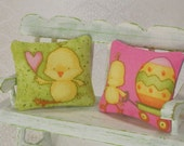 Bunnies Chicks Pillows 1:12 Dollhouse Miniatures Barbie Blythe Fashion Dolls