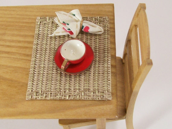 Dollhouse Miniature  Woven Placemats Napkins Place Mats Set Zen One Inch Scale Red Hearts Country