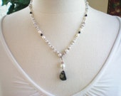 LEILA - CRYSTAL/PEARL LARIAT DROP NECKLACE