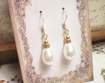 OPHELIA  - Antiqued Brass Earrings