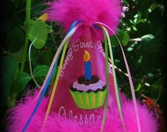 Cupcake First Birthday Hat, You Choose Colors , Photography Prop, Matching Tutu is available,  by GINGHAM BUNNY