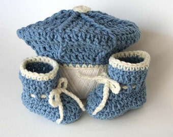 Easy Crochet Pattern for Baby Tam and Booties - Newborn to 3 months