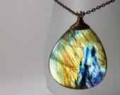 Labradorite pendant - teardrop stone necklace - ''Copper sand''