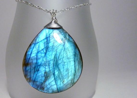 Labradorite necklace - teardrop stone pendant - ''Shiver''