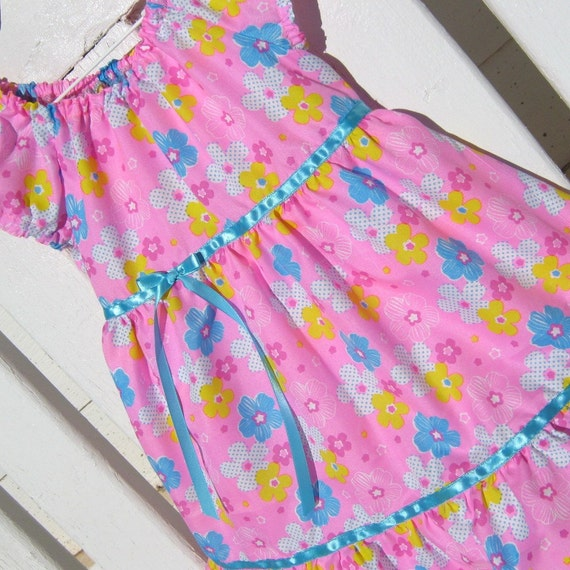 Dress- -Peasant Style -Size 4 Toddler Spring Daisies in Pink, Blue, Yellow, and White