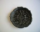 Urban Vintage Black Starburst Mini Plate