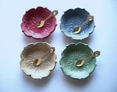 Set of 4 Starburst Lotus Bowls with Spoons
