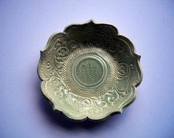 Victorian Vintage Green Tea Dessert Bowl