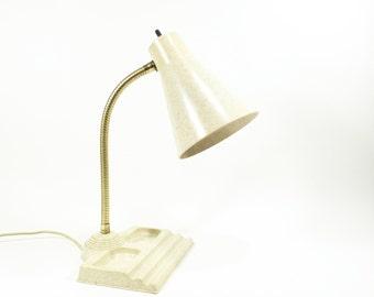 vintage mid century modern lamp . speckled ivory plastic . 1950s 1960s atomic era . full size desk lamp