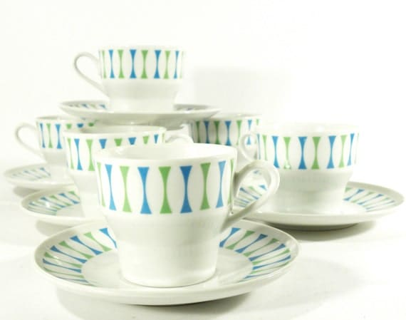 vintage atomic Paul McCobb Eclipse teacups and saucers set . 6 mugs and saucers . Contempri aqua and lime green design . mid century modern