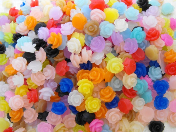 Cabochons - 100 Frosted Resin Roses - 50 Matched Pairs