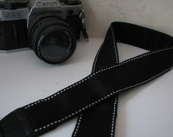 camera strap - Black and White (extended length)