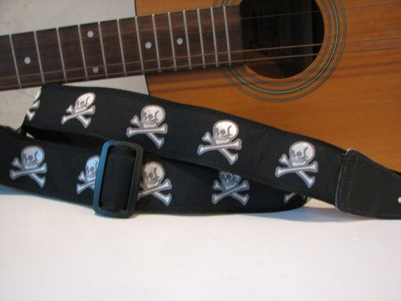 Skull and Crossbones Guitar Strap